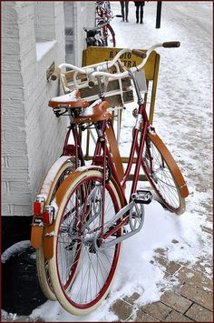 Knap koud stelletje by Fietsje Groningen, via Flickr Bicycle Quotes, Winter Cycling, Winter Time, Netherlands, Amsterdam, Bike, Retro, Mtb, Dutch