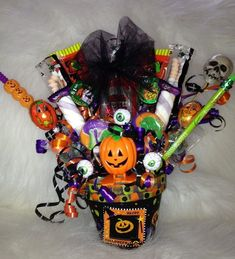 Halloween Candy Bouquet | Gift Ideas | just for fun | Pinterest