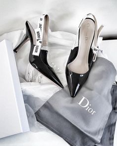 Find images and videos about shoes, heels and dior on We Heart It - the app to get lost in what you love. Stilettos, Cute Shoes, Me Too Shoes, Heeled Boots, Shoe Boots, Dior Shoes, Women's Shoes, Chanel Heels, Dream Shoes