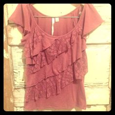 Lauren conrad top Dusty rose/mauve color. This top features lace and has a girly delicate look to it. Very comfortable. Size is xs but could easily fit a small Lauren Conrad Tops