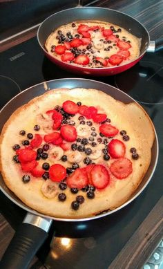 Placki z owocami bez glutenu Acai Bowl, Pancakes, Paleo, Breakfast, Food, Acai Berry Bowl, Morning Coffee, Essen, Pancake
