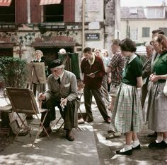 forties-fifties-sixties-love: Montmartre, 1952