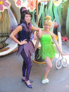 Tinker Bell & Vidia at Disney World. For everything you need to know to meet Tinker Bell and her friends on your Disney vacation, see: http://www.buildabettermousetrip.com/tinkerbell #Tinkerbell #DisneyWorld