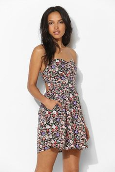 Band Of Gypsies Tie-Back Strapless Floral Dress #urbanoutfitters