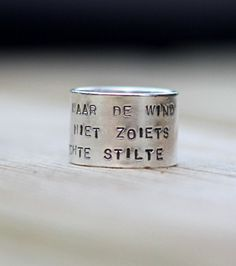 My blog for @Flavourites - de leukste webshops! about my favourite Bangle textring (in Dutch)