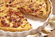 Savory Tart Recipe: Bacon, Chicken & Bell Pepper Quiche (Low carb = without the crust, of course). Quiche Recipes, Tart Recipes, Brunch Recipes, Cooking Recipes, Brunch Ideas, Cooking Ideas, Baguette Relleno, Breakfast Dishes, Breakfast Recipes