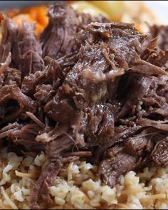 Make this deliciously tender and juicy Pressure Cooker Pot Roast Recipe (Instant Pot Pot Roast) served with a rich gravy that is made at the very end. Ready in less than 2 hours, this classic Sunday supper dish will be your favorite. Healthy Pot Roast, Healthy Meats, Healthy Meat Recipes, Roast Beef Recipes, Healthy Food, Salad Recipes, Pressure Cooker Pot Roast, Best Pressure Cooker, Pressure Cooker Recipes