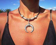 Jewelry Stores Near Me That Finance unlike Rental Jewellery Near Me once Jewellery Store Armadale most Jewellery Brands For Girlfriend Bohemian Necklace, Hippie Jewelry, Leather Necklace, Leather Jewelry, Fashion Bracelets, Fashion Jewelry, Diy Fashion, Handmade Bracelets, Beaded Bracelets