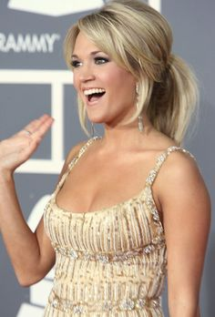 Carrie Underwood Pictures - 51st Annual Grammy Awards - Red Carpet - Zimbio- volume pony with swept bangs
