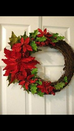 Beautiful Christmas Wreaths for Front Door. The main Christmas decorations that each of us never forgets to put during the holidays is the Christmas tree Christmas Wreaths For Front Door, Decoration Christmas, Noel Christmas, Holiday Wreaths, Xmas Decorations, Christmas Ornaments, Winter Wreaths, Christmas Poinsettia, Wreath Crafts