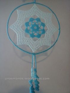 mandalas crochet (1) Crochet Dreamcatcher Pattern, Crochet Necklace Pattern, Crochet Mandala Pattern, Doily Patterns, Crochet Doilies, Crochet Patterns, Basic Crochet Stitches, Thread Crochet, Filet Crochet