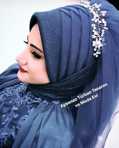 My sweet bride 😊😍🤗 # tesetturgiyim dress # gelinbaÅ . My sweet bride …the dress # Gelinbaş of # Gelinba of the Bridal Hijab Styles, Muslim Wedding Dresses, Muslim Brides, Arab Girls Hijab, Girl Hijab, Hijabi Girl, Hijab Style Dress, Hair Scarf Styles, Niqab Fashion