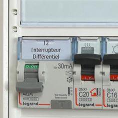 Que doit-on brancher sur un interrupteur différentiel de type A ? - Espace Grand Public | Legrand Legrand, Power Strip, Public, Electronics, Electric Shock, Electrical Plan, Homework, Light Switches, Tips And Tricks
