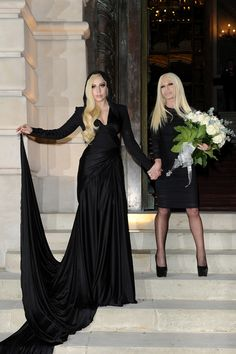 10 Lady Gaga Looks That Are Perfect For Her Glamorous American Horror Story Character