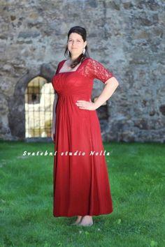 Plesové splývavé šaty - červené šaty - dlouhé šaty www.svatebninella.cz