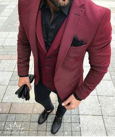 Rate this look 1-10? Comment below Click link in bio if you wear suits ☝️