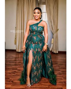 African Dresses 2020 Designs Pictures: Best Flawlessly Ankara Styles for ladies african dresses 2020 designs pictures african dress designs pictures African Party Dresses, African Wedding Attire, African Lace Dresses, Latest African Fashion Dresses, African Dresses For Women, African Print Fashion, African Attire, Gowns For Ladies, Ankara Fashion