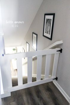 Super diy baby gate for stairs ideas half doors Ideas Top Of Stairs Gate, Baby Gate For Stairs, Porch Stairs, Stair Gate, Porch Gate, Diy Dog Gate, Diy Baby Gate, Baby Gates, Dog Gates