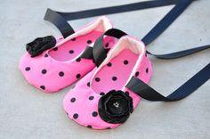 polka dots baby shoes