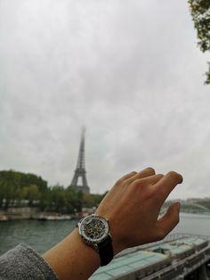 Go explore new cities! What about Paris? Your Julien de Bourg mechanical watch will never let you down New City, Mechanical Watch, Men And Women, Watches For Men, Cities, In This Moment, Explore, Paris, Luxury