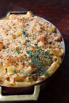 caramelized onion pasta gratin