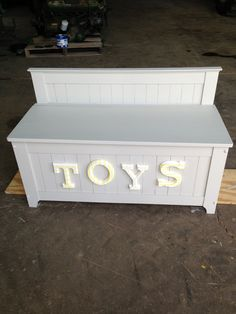 DIY toybox. Yes please!!