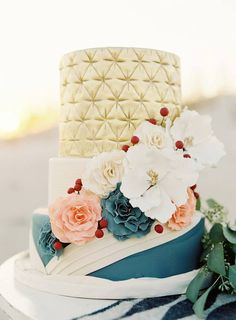 Wedding cake for Fall/Winter weddings - full of texture and flowers with a touch of metallic gold