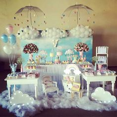 Discover the most stylish decorations for the baby shower celebration. Discover more at circu.net