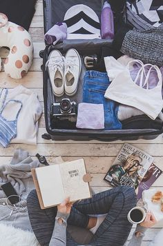 What to Bring to College: The Best College Packing List Ever For her, the everyday adventurer and the global nomad. College Packing Lists, Packing Tips, Travel Packing, Europe Packing, Traveling Europe, Backpacking Europe, Travel Hacks, Travel Ideas, Travel Photos