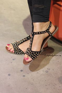 I am in love with these sandals! And that nail colour... the sandal looks all the more pretty! :)