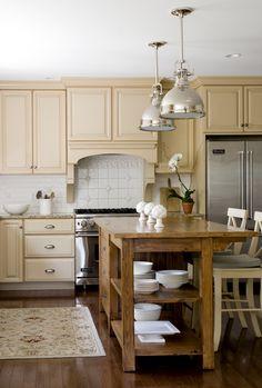 Cozy Family Kitchen (Cultivate.com)