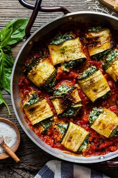 Simple vegetarian dish of zucchini stuffed with herby ricotta filling baked in rich tomato sauce Veggie Recipes, Gourmet Recipes, Healthy Recipes, Meatless Recipes, Gourmet Foods, Keto Foods, Veggie Food, Free Recipes, Healthy Food