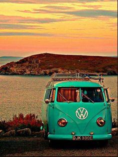 Beach, sun and VW   :-{b
