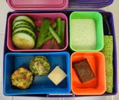 Bento Box Lunch filled with green foods would be great for St. Patrick's Day! #Bento