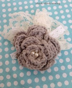 chick chick sewing: Simple crocheted corsage for the graduation ceremony ♪次女の卒業式用に簡単コサージュを作りました♪