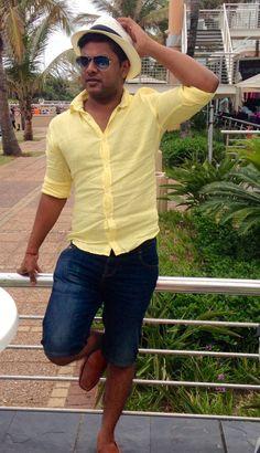 #panamahat #menshats #yellowshirt #denimshorts #aviatorsunglasses #mensfashion #menswear #menstyle #gq #malemodel #summerfashion #men #male #man