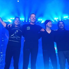 BEST SHOW I'VE EVER SEEN!!! Metallica... there are no words. This was the best birthday gift ever. 📸 by me, more to come 😊  #metal #metallica #denver #music #jameshetfield #kirk #lars #robert #photography