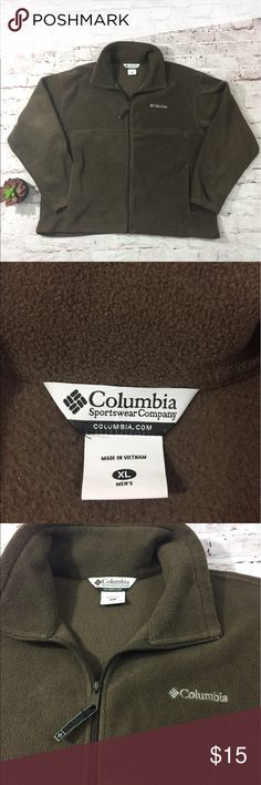 Columbia Full Zip Fleece Jacket Excellent Condition, full zip jacket with function pockets. Fleece jacket has a 54 inch chest measurement and no signs of wear Columbia Jackets & Coats