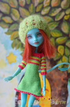 OOAK Monster High Lorna McNessie by AnnaShrem on Etsy