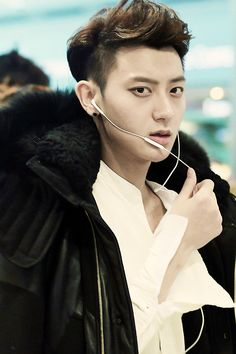 #'come on agent oh- over'.... #'this is agnet Oh . what is it agent tao? -over' #'agent OH i might have just killed a fangirl by looking directly into her camera-over'#'.....this again agent tao-over' #'what can i say the cameras are calling my name-over' #'fine we'll send in a cleen up squad -over'