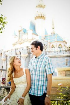my engagement photo shoot at disneyland...omg yes! love all the pics on this link!