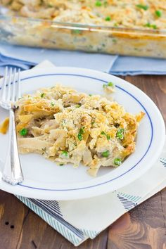 Creamy Cauliflower Chicken Baked Pasta  *admittedly I haven't tried this recipe--YET!-- but one of my close girlfriends that is also gluten free and dairy free tried it and loved it and I wanted to get it in front of you ASAP! 😋