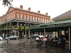 Cafe Du Monde, Decatur Street, French Quarter, New Orleans, Louisiana