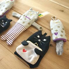 デコレ(DECOLE)のミランダ(miranda)シリーズから猫のがま口でダブルポーチを販売。