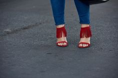 Tunic, Skinnies, Red Fringe Sandals