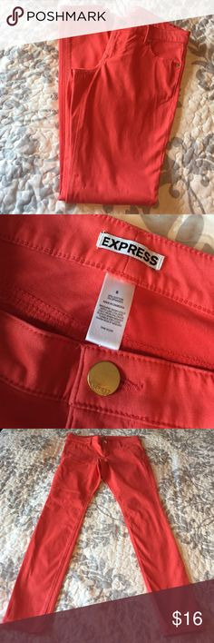 """Orange Express Skinny Pants These pants are in great condition.  Color is almost a coral-orange.  Inseam measures approx 31"""".  They would be cute cuffed up for summer!  Comes from smoke-free home.  Make sure to bundle for additional savings. 📦 Express Pants Skinny"""