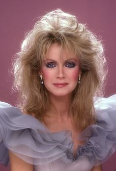 Donna Mills at an event for Knots Landing Reunion: Together Again Beautiful Women Over 50, Beautiful Celebrities, Beautiful Actresses, Medium Curly, Medium Hair Styles, Curly Hair Styles, Older Actresses, Donna Mills, Knots Landing