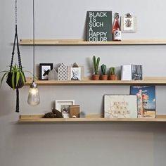 vtwonen Fotolijstplank Eiken Home Bedroom, Bedroom Decor, Oak Floating Shelves, Study Desk, Display Shelves, Shelving, Room Interior, Interior Inspiration, Interior Ideas
