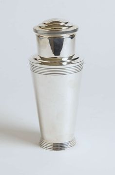 Keith Murray for Mappin & Webb Art Deco Cocktail Shaker