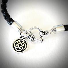 Celtic Knot Braided Leather bracelet on Etsy, $24.00 #irish#celtic Www.jewelrybymaebee.etsy.com